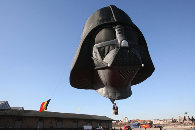 Como parte de la fiebre mundial de Star Wars; Darth Vader fue exhibido en el evento de Bruselas en Bélgica.