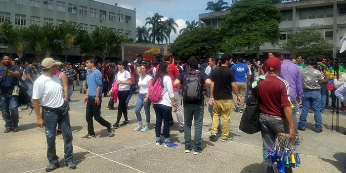 Concentracion estudiantes UCV (3)