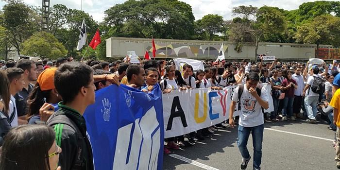 Concentracion estudiantes UCV (4)
