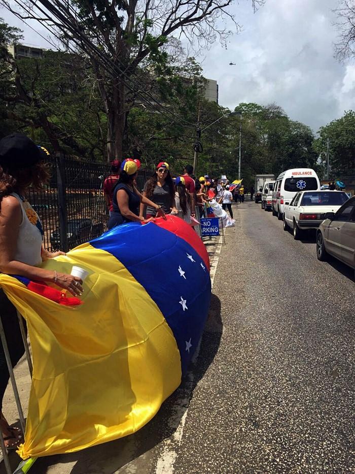 Protesta contra Nicolas Maduro en Trinidad y Tobago (5)