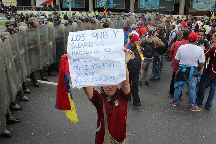 marcha oposicion cne