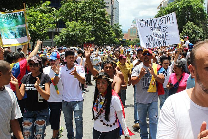 indigenas 1S pancartas marcha 1S