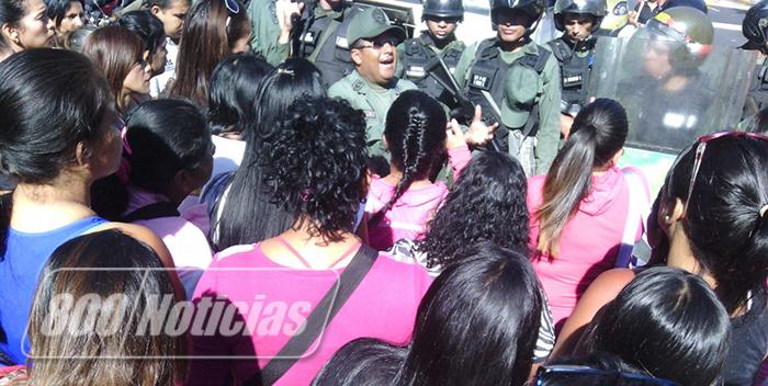 familiares-de-presos-protestas-2