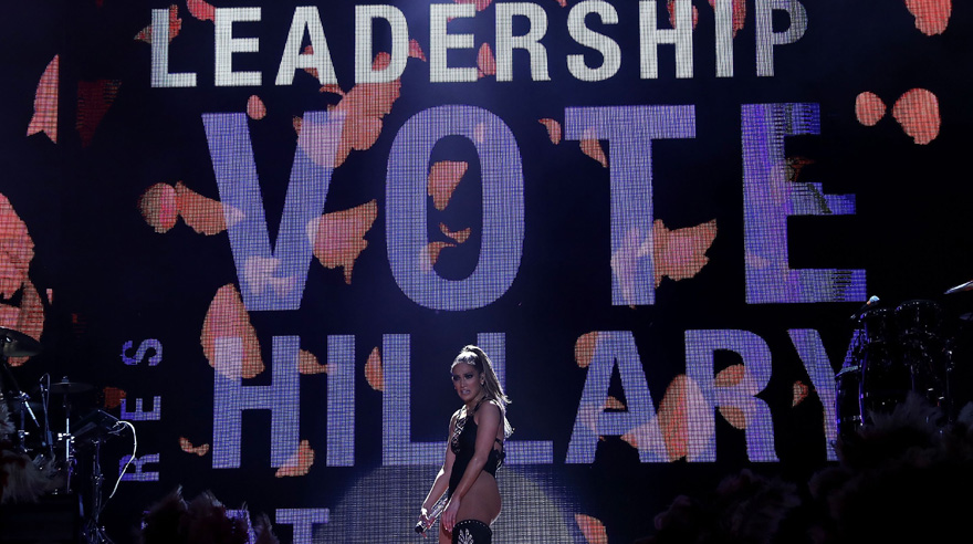 MIAMI, FL - OCTOBER 29: Singer Jennifer Lopez performs during a Get Out The Vote concert for Democratic presidential nominee former Secretary of State Hillary Clinton on October 29, 2016 in Miami, Florida. With less than two weeks to go until election day, Hillary Clinton attended a concert with Jennifer Lopez and Marc Anthony. Justin Sullivan/Getty Images/AFP == FOR NEWSPAPERS, INTERNET, TELCOS & TELEVISION USE ONLY ==