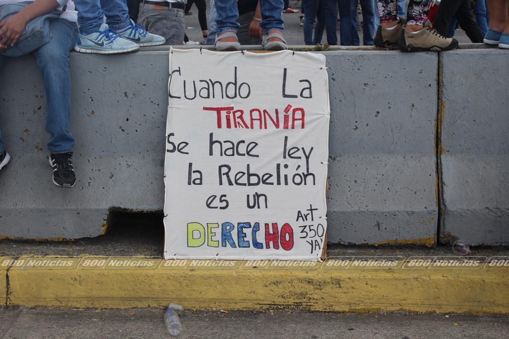toma-de-venezuela-18