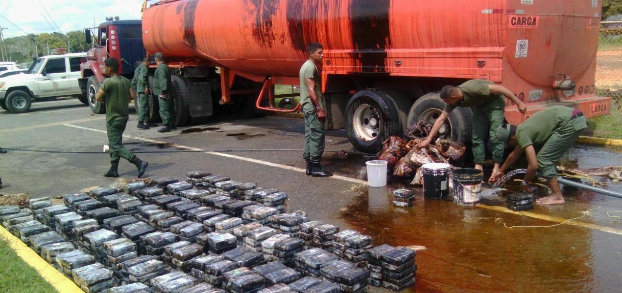 droga-cocaina-tanque-de-combustible