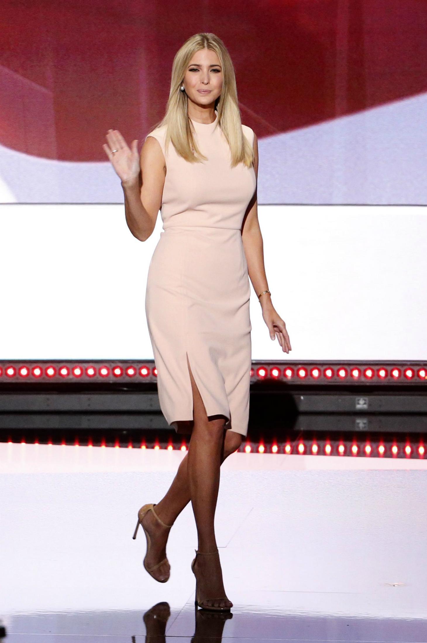 Ivanka, la segunda hija de Donald Trump, ha sido un gran apoyo de su padre. EFE/SHAWN THEW