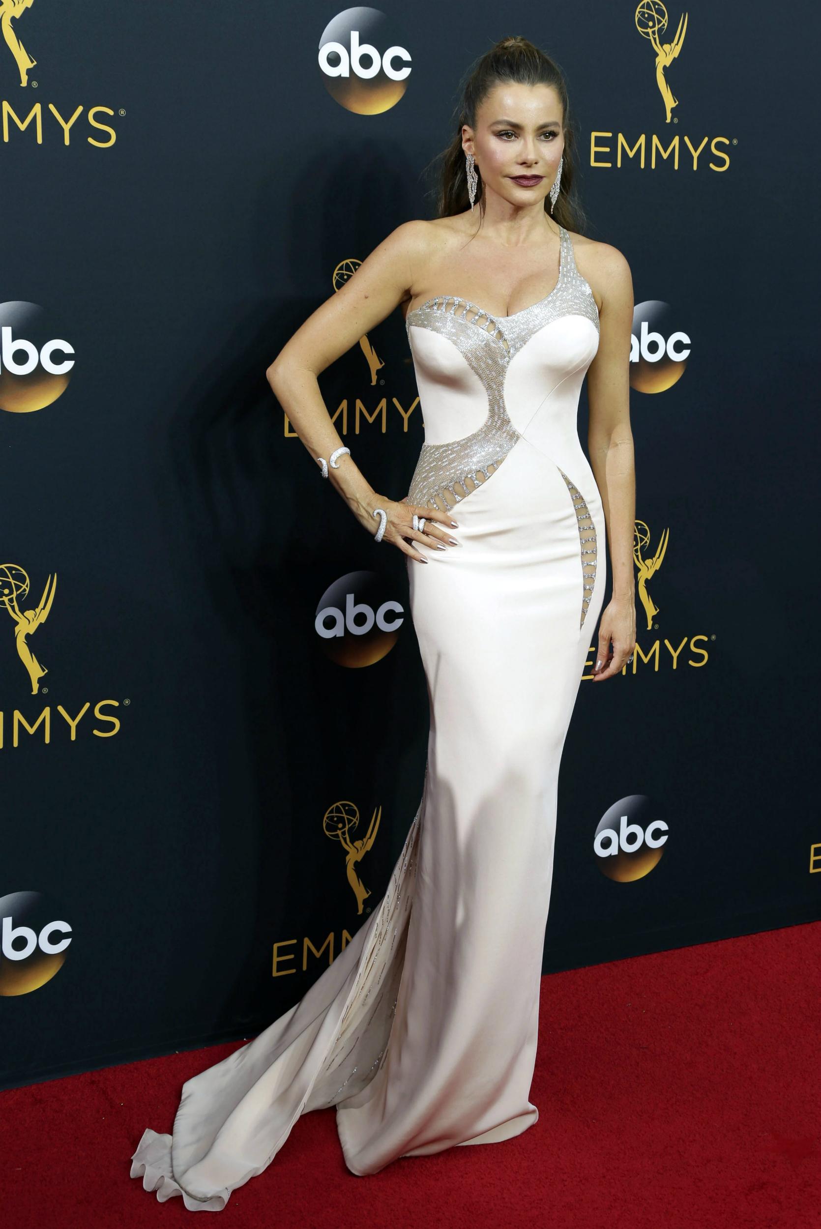 La actriz colombiana Sofía Vergara reconoció que superó un cáncer de tiroides cuando tenía 28 años. EFE/EPA/PAUL BUCK